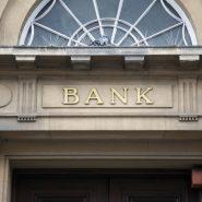 BANKING & SAVINGS